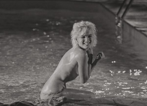 Marilyn Monroe 2 600x436 Las fotos encueras de Marilyn Monroe