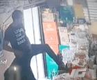 Santiago 3 300x249 Video: El ladrón silencioso de Santiago