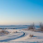 我们达到了原住民的区域,这部分叫 Detah,从这里我们就回到了昨天的 Dettah Ice Road。
