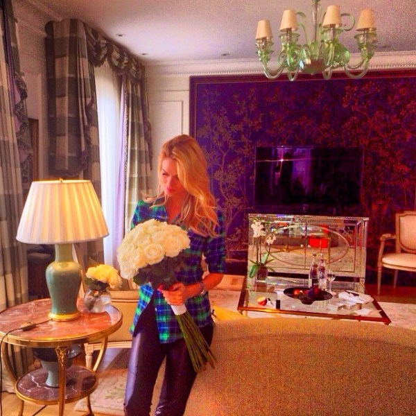 Где живет Виктория Лопырева квартира звезды на фото