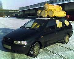 Załadowany wełną Fiat