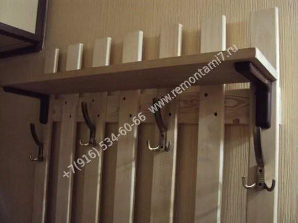 Как правильно выбрать деревянную вешалку в прихожую