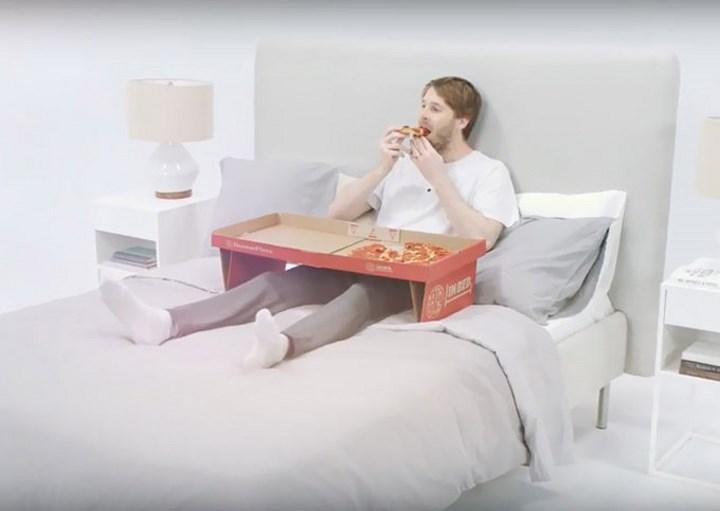 pizza en la cama