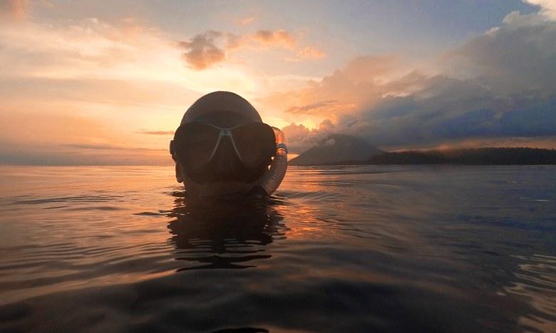 Bunaken island sunset snorkelling