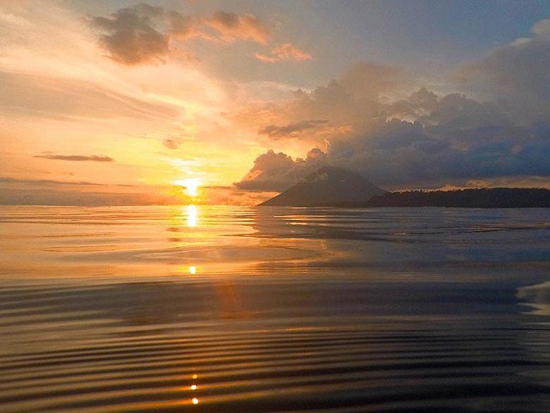 Liang Beach Volcano Sunset Pulau Bunaken