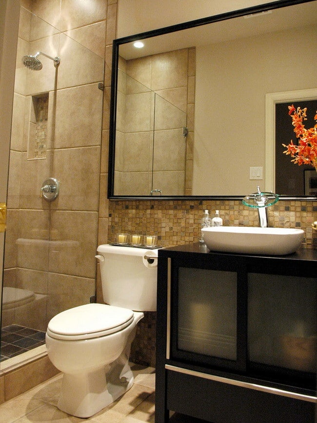 75 Pictures Of Beautiful Bathroom Remodels - Perfect For ... on Small:e_D8Ihxdoce= Restroom Ideas  id=36232