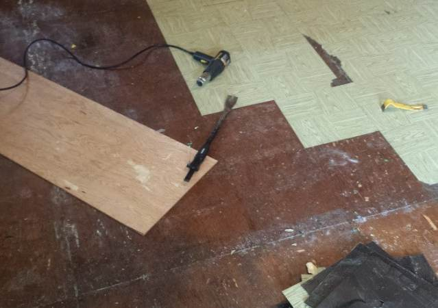 How To Easily Clean A Sticky Floor After Pulling Up Old Cheap Peel     removing old cheap peel and stick floor tiles