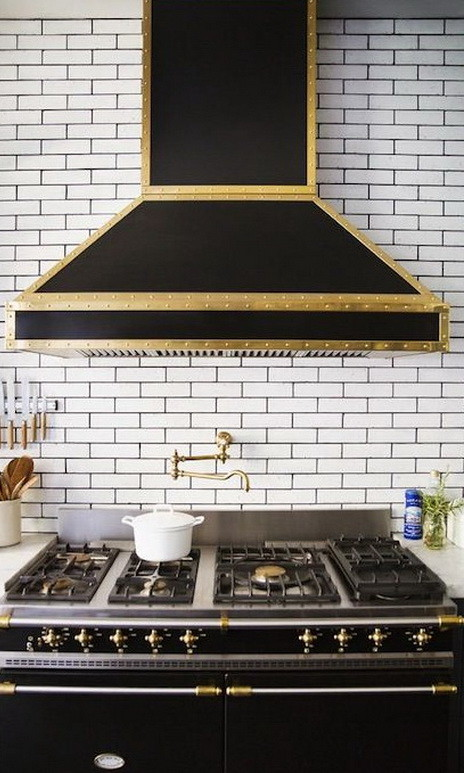 Modern Kitchen Range Hoods