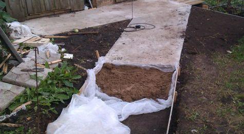 concrete walkway cushion arrangement 2