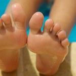 足の臭いを取る消臭方法!嫌な臭いが取れない原因とその対策!