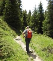 Auf dem Wanderpfad zurück nach Ruigna