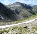 Blick vom Passo del Bornengo hinüber zur Cadlimohütte und zur Bocchetta di Cadlimo
