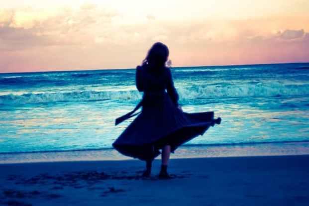 アラフォー独身女性は人生に不安を感じやすい