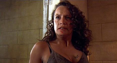 Beth Heke (Rena Owen) 5