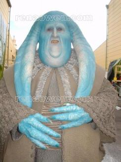 Lawrence Foster as Blue Senate Guard
