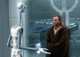 Taun We (Rena Owen) bids farewell to Obi-Wan Kenobi (Ewan McGregor)