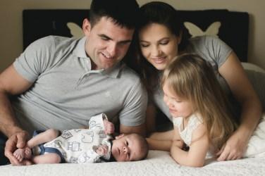 032_web_lifestyle newborn_arminas
