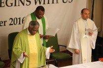 Cardinal Turkson avec les célébrants