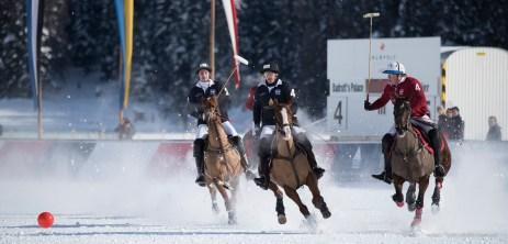 Sankt Moritz Snow Polo 2015 - Nikon D810, 340mm (85-400mm ƒ4.5-5.6) 1/1250 ƒ/5.6 ISO 200
