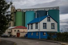 Houses in Akranes, near the port. Nikon D810, 58 mm (24-120.0 mm ƒ/4) 1/800 sec ƒ/10 ISO 64