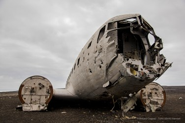 On Saturday Nov 24, 1973 a United States Navy Douglas Super DC-3 airplane was forced to land on Sólheimasandur's black sand beach where it still lays. Nikon D810, 34 mm (24-120.0 mm ƒ/4) 1/80 sec ƒ/5.6 ISO 64