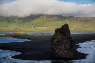 Kirkjufara coast, the black sand beach and the rock near Dyrhólaey where the puffin nest in summer. Nikon D810, 85 mm (24-120.0 mm ƒ/4) 1/200 sec ƒ/8 ISO 64