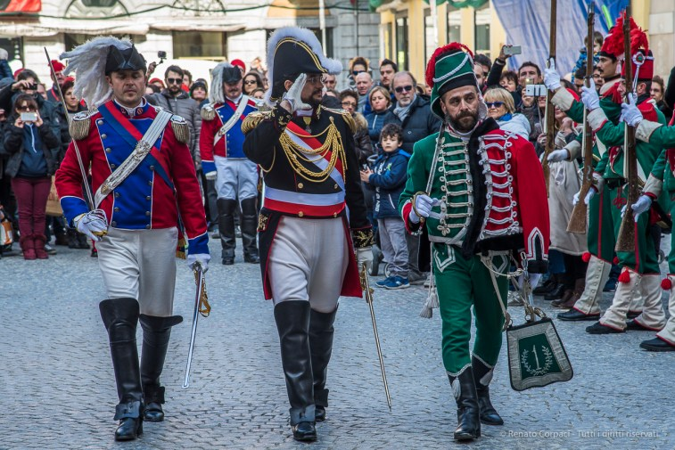 """The """"Generale"""" passing in review the Fife and Drum Corps of the First Battalion Hunters. Nikon D810, 120 mm (24-120 mm ƒ/4) 1/200"""" ƒ/7.1 ISO 400"""