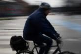 Ciclista a Copenaghen, 2015 - Nikon D810, 22mm (16-85mm ƒ/3.5-5.6) 1/20sec ƒ/13 ISO 64
