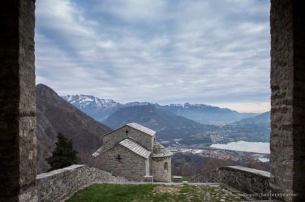Abbazia romanica di San Pietro al Monte. Nikon D810, 24mm (14-24mm ƒ/2.8) 1/20sec ƒ/8 ISO 64