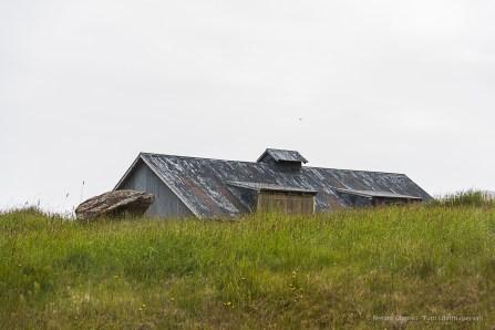 A house at Teigarhorn. Nikon D810, 100 mm (24-120.0 mm ƒ/4) 1/100 sec ƒ/5.6 ISO 64