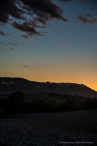 The hill and the village of Montalcino at dusk. Nikon D810, 85mm (24.0-120mm ƒ/4.0) 1.6 sec ƒ/6.3 ISO 64