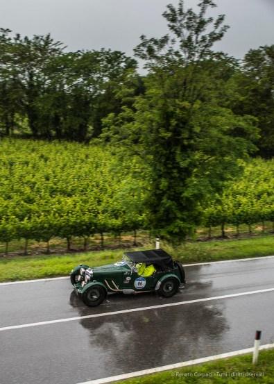 """Roberto Miatto e Alberto Scapolo (I) on a 1933 Aston Martin Le Mans. Nikon D810, 24 mm (24.0mm ƒ/1.4) ) 1/200"""" ƒ/2.5 ISO 64"""