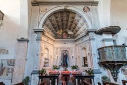 "La cappella al centro della navata, decorata a trompe l'oeil. Nikon D810, 24 mm (24-120 mm ƒ/4) 6,0"" ƒ/9 ISO 64"