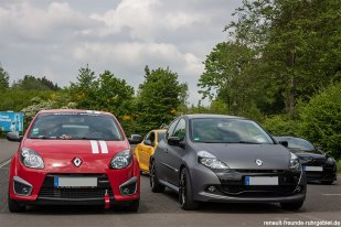 Siegerehrung der aktuellen Renault beim Treffen des Renault Team Oberberg