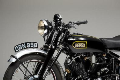 1949-Vincent-998cc-Black-Shadow-Series-C-Close-Up-Front-Left