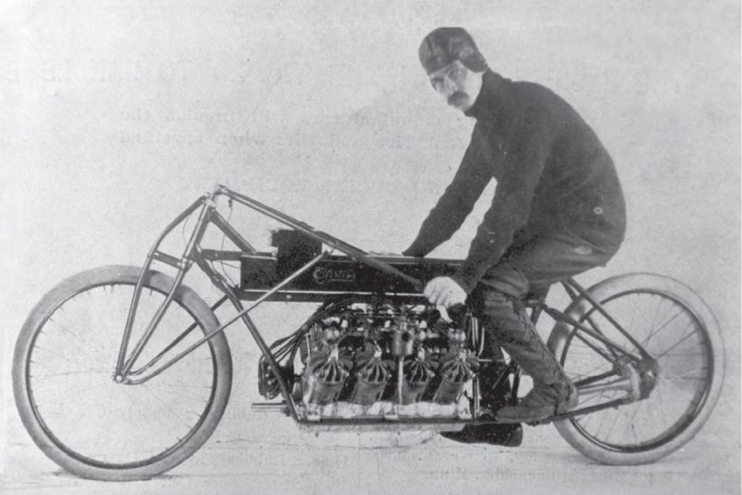 Glenn Curtiss V-8 Motorcycle 1907