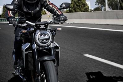 Honda-CB1000R-Street-Shot-3