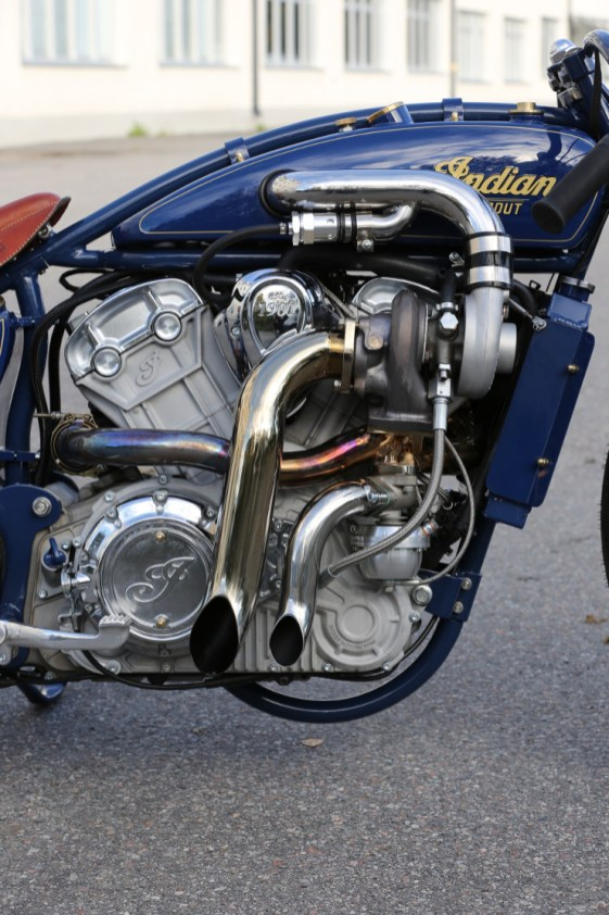 Indian-Super-Scout-Turbo-Engine2