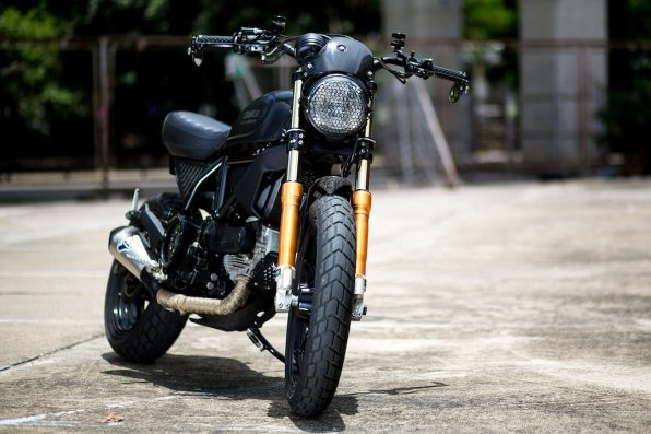 Ducati Custom Rumble 2nd Edition TANAPOL Aree