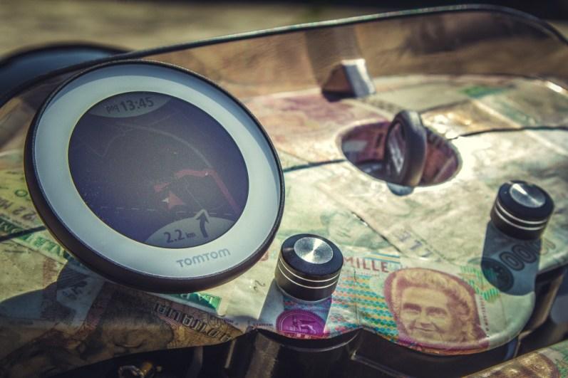Moto Guzzi V9 Bobber Custom, 'Vecchio Conio' by Rustom [TomTom VIO]