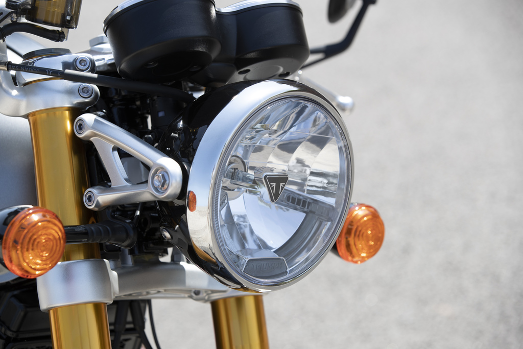 Triumph Thruxton RS Triumph Thruxton-RS Headlight