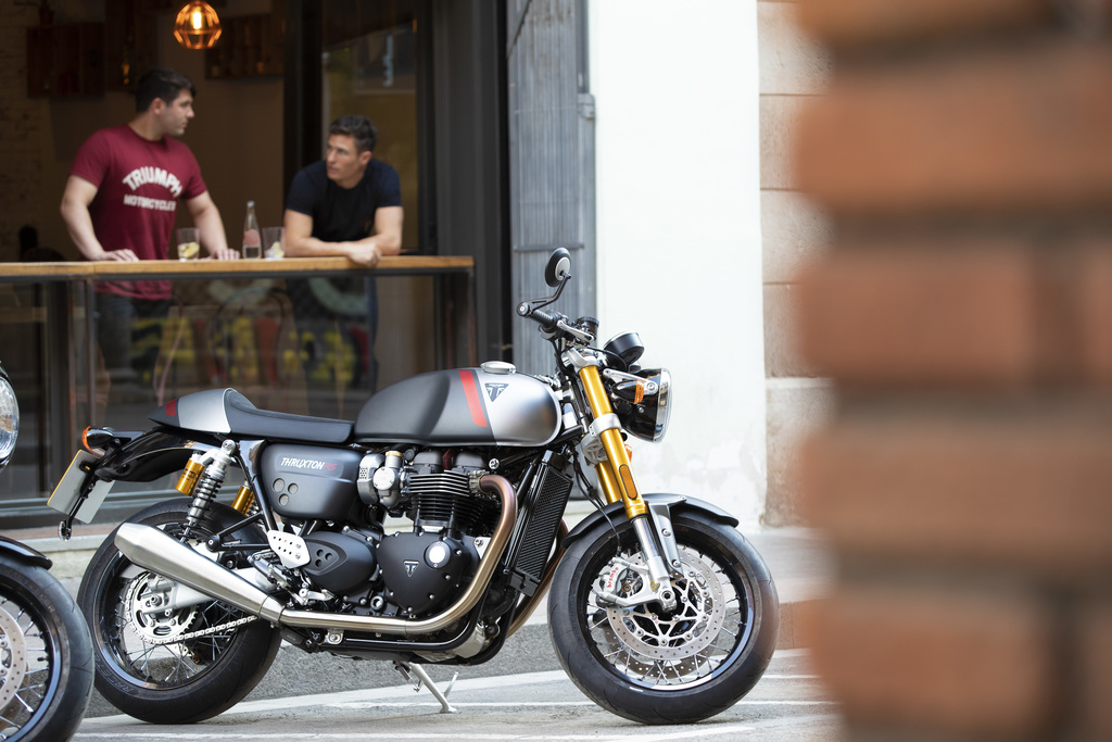 Triumph Thruxton RS Park at a Café
