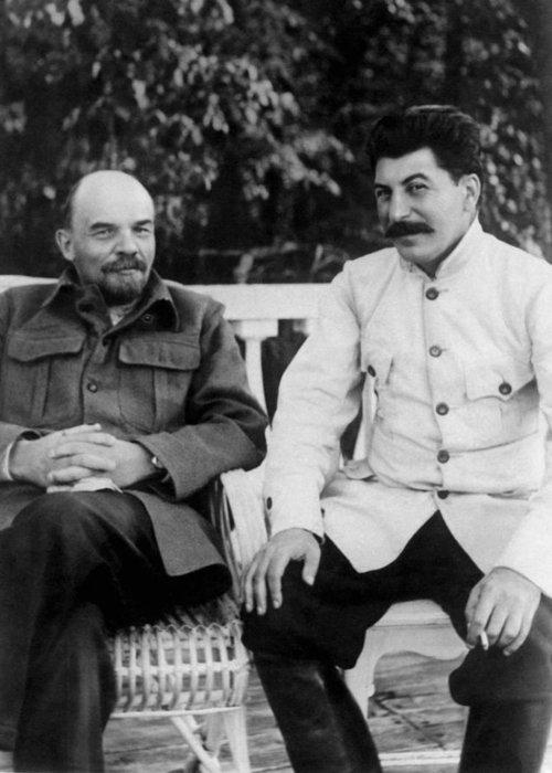 Vladimir Lenin and Joseph Stalin - Gorki - 1922 Greeting ...