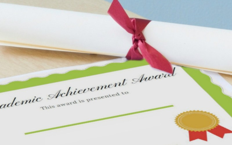 Printable Award Certificates for your Homeschool | Renée at Great Peace #homeschool #printables #ihsnet