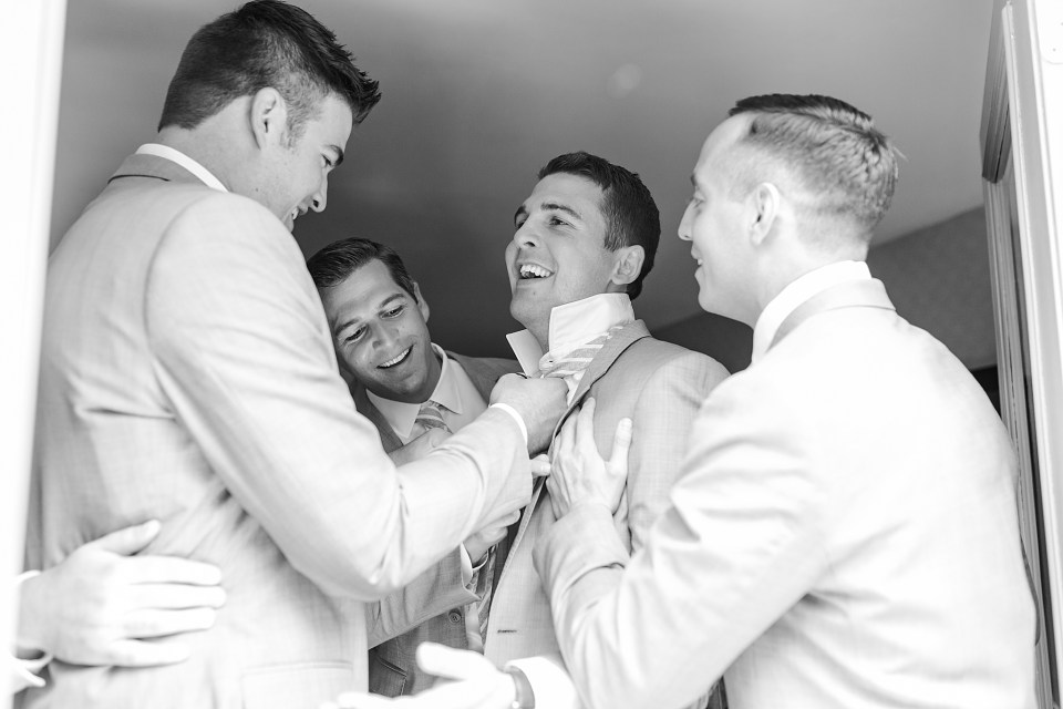 groom and groomsmen get ready for Dallas PA wedding day with wedding photographer Renee Nicolo Photography