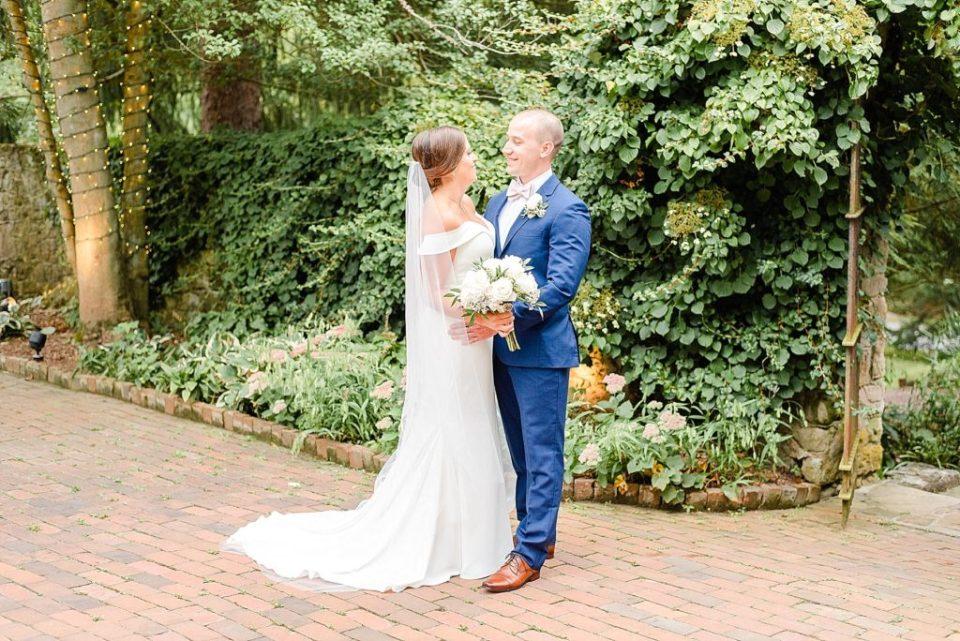 HollyHedge wedding portraits with Renee Nicolo Photography