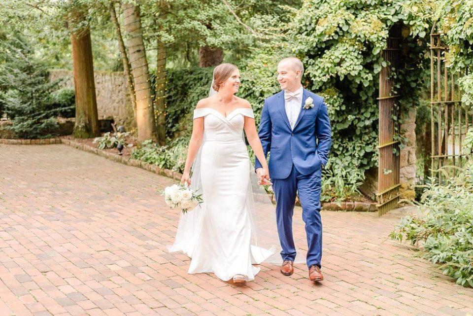 Renee Nicolo Photography captures bride and groom on wedding day