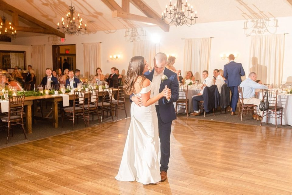 bride and groom's first dance photographed by Renee Nicolo Photography