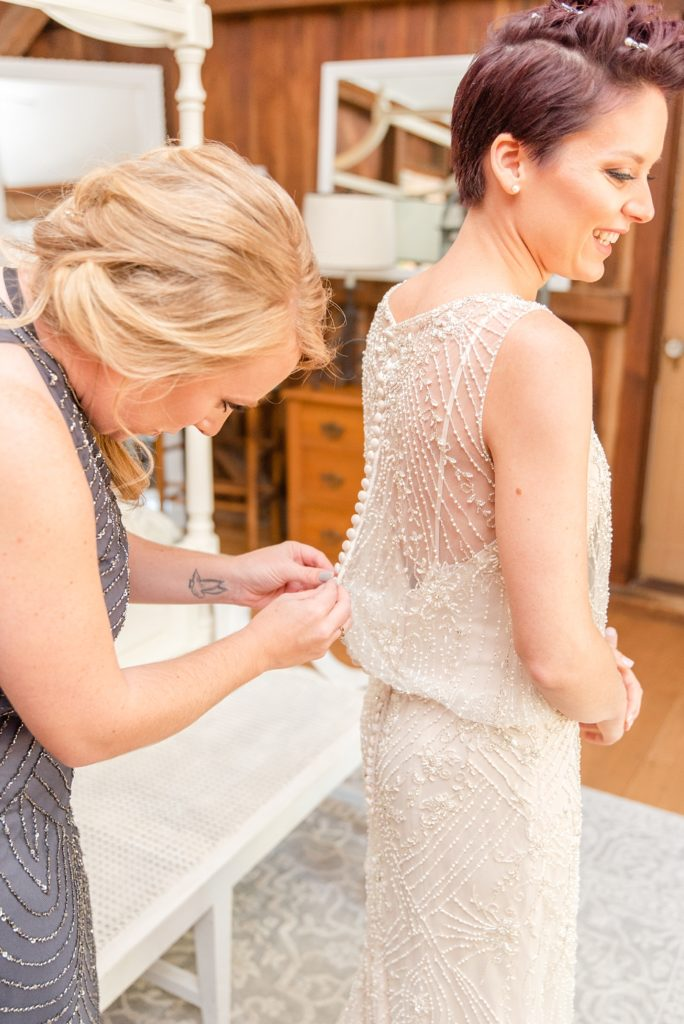 bridal prep for wedding day in PA with Renee Nicolo Photography