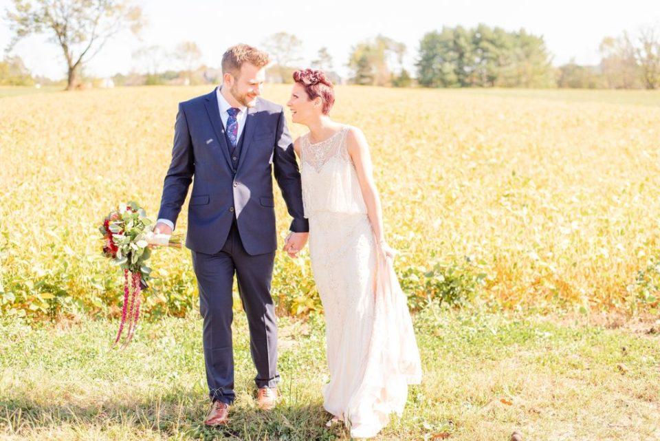 Pennsylvania wedding photographer Renee Nicolo Photography captures fall wedding day